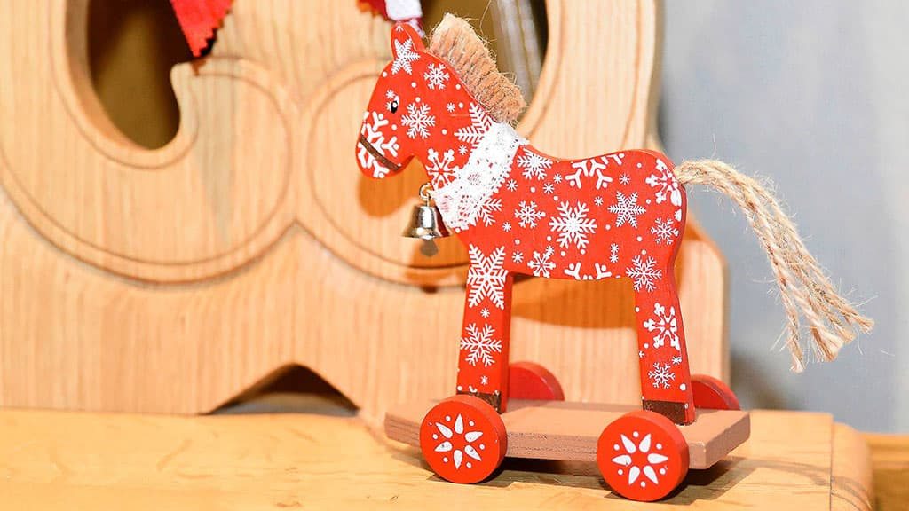 Jouet en bois marché Noël Riquewihr