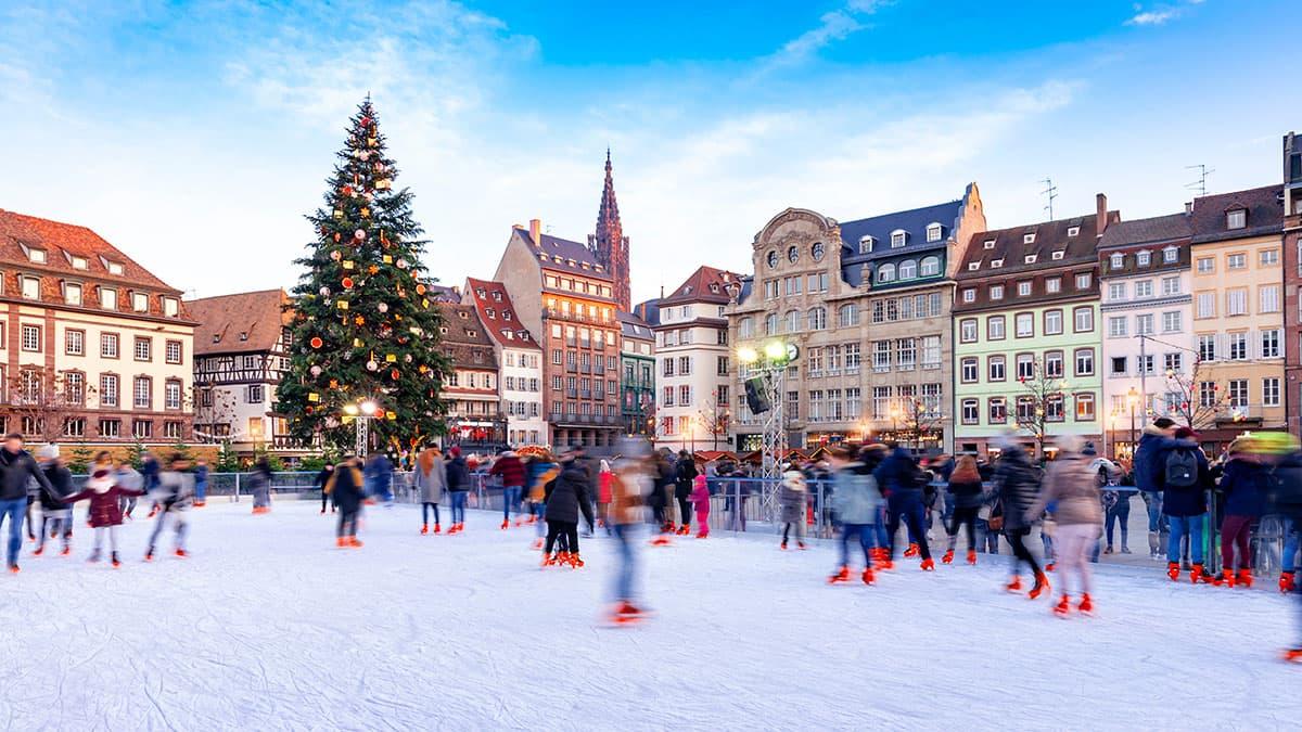 Patinoire éphémère de Noël à Strasbourg