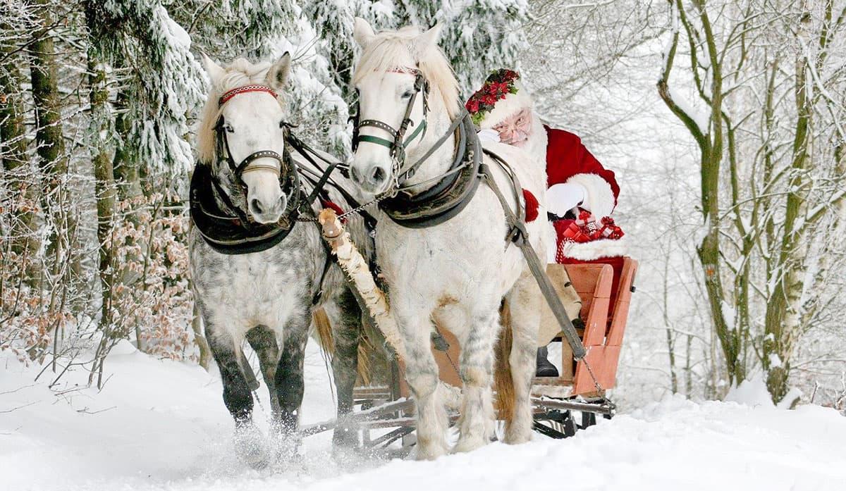 Livraison de cadeaux par le Père Noël à Munster