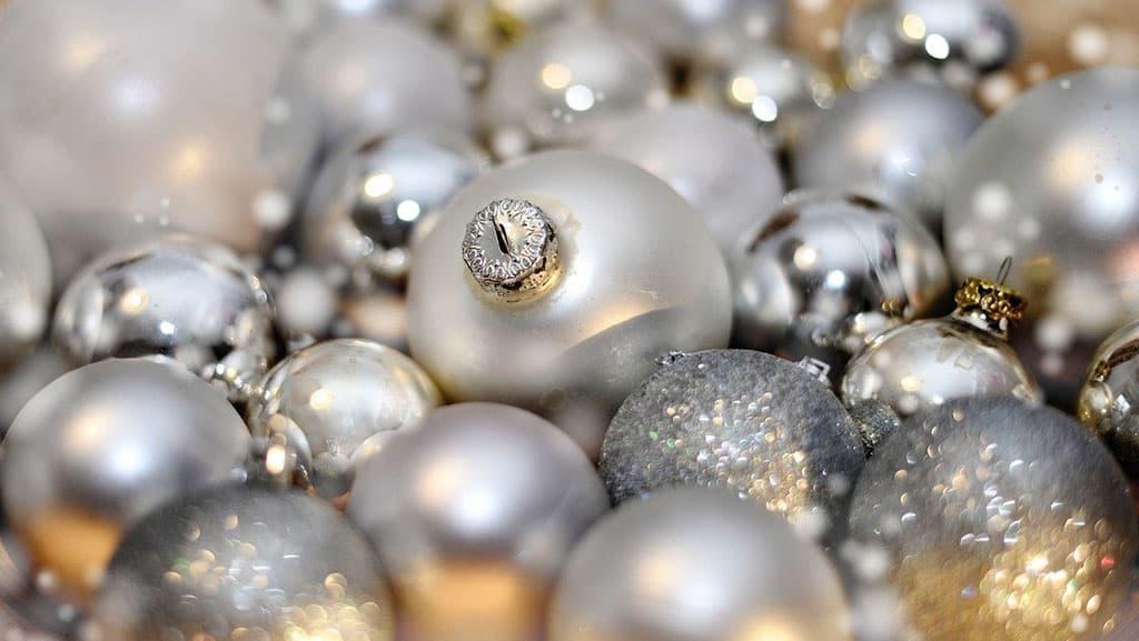 Boule de Noël argenté