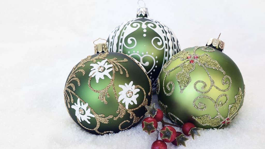 Décoration de Noël boule verte
