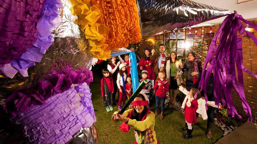 Las Posadas fêtes pour célébrer la saison de Noël