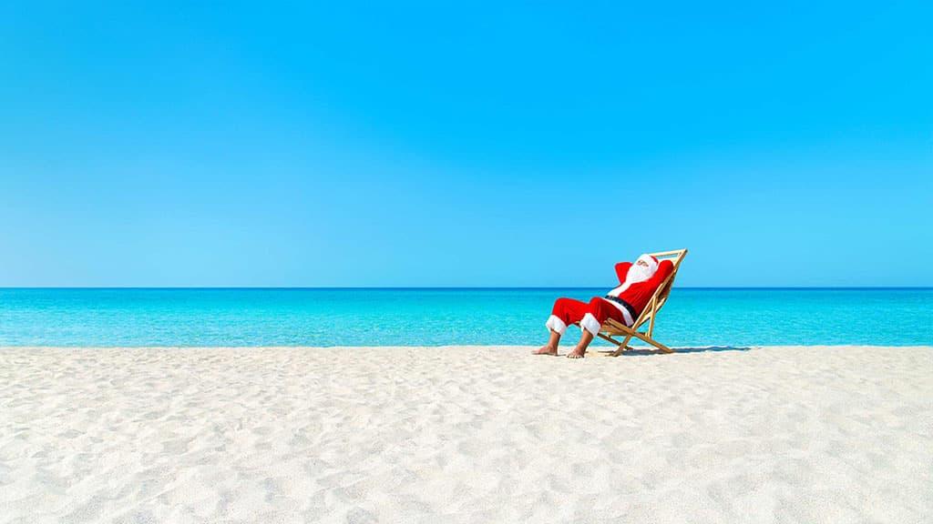 Père Noël sur la plage Australie